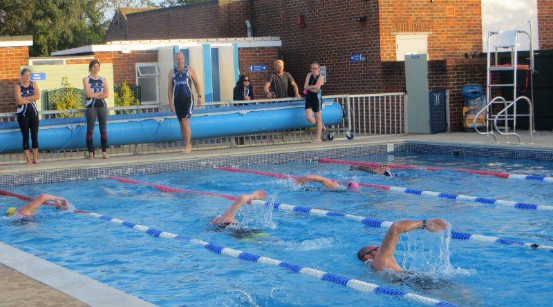 Club Lido Race -Arundel Lido